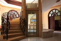 Lựa chọn thang máy cho khách sạn mini vừa bắt mắt vừa thuận tiện