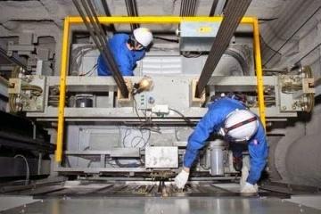 Chế độ bảo trì sửa chữa thang máy Hùng Phát