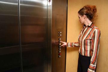 Tư vấn kích thước thang máy nâng hàng