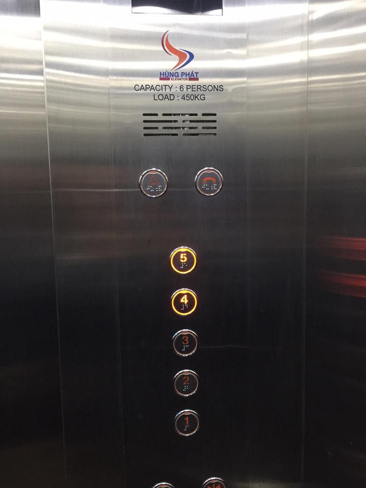 bang dieu khien thang máy