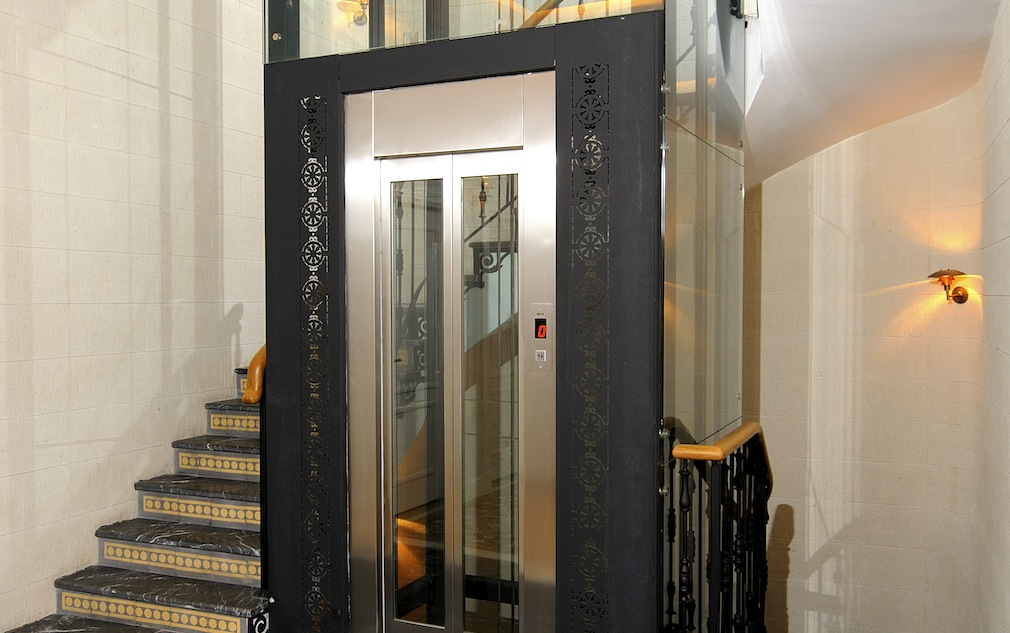 mẫu thang máy gia đình1