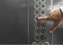 Nút nhấn thang máy chứa vi khuẩn